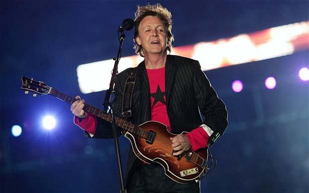 """Paul McCartney: """"A veces, cuando duermo, sueño que Los Beatles volvemos a estar juntos"""""""