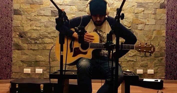 Alicanray, cantautor que se inspira en las problemáticas actuales de México