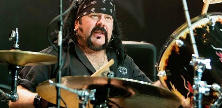 A los 54 años de edad, falleció Vinnie Paul ex baterista de Pantera
