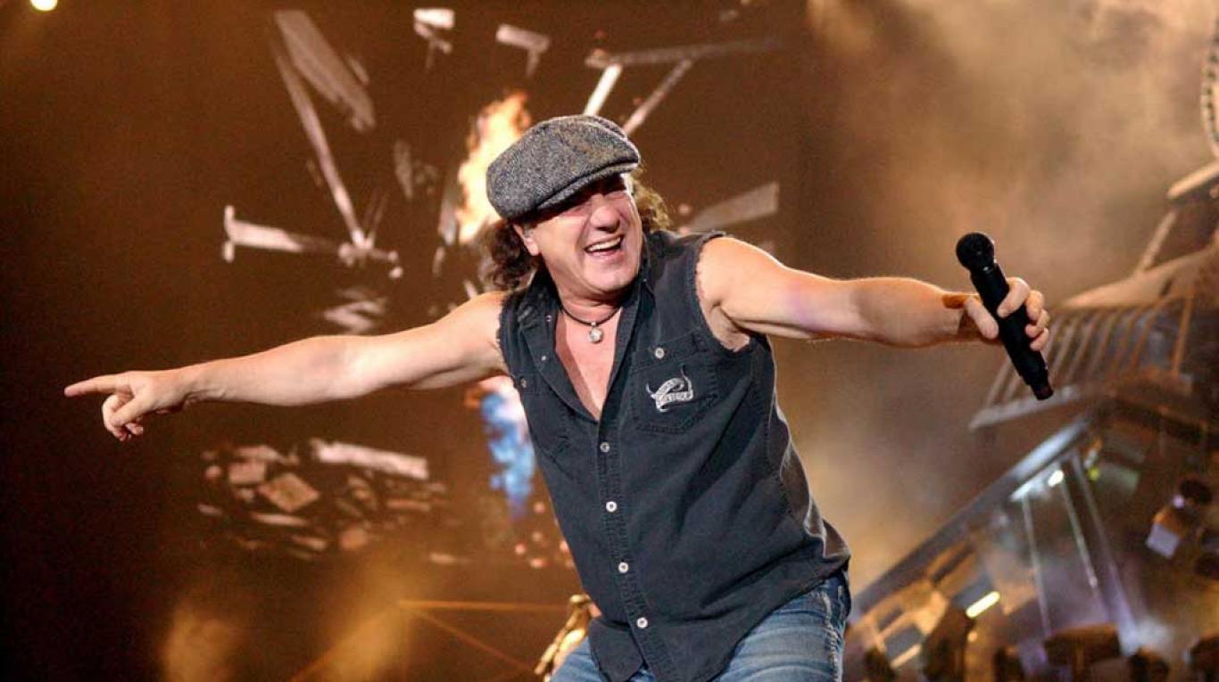 AC/DC alista gira con Brian Jhonson