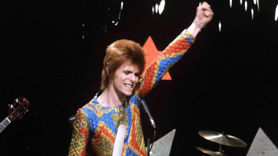 Encuentran video de la primera aparición de David Bowie en televisión