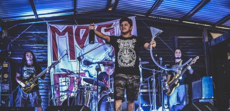 Asesinan a vocalista de 'Apes of God' durante concierto en Armenia