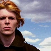 'The Man Who Fell To Earth' de David Bowie será serie de televisión