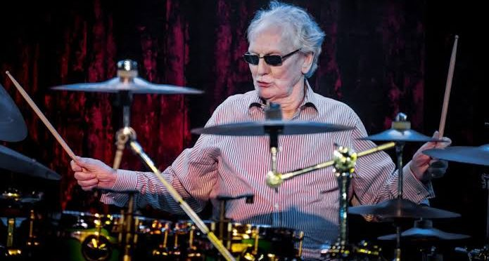 Baterista de The Cream Ginger Baker fue hospitalizado