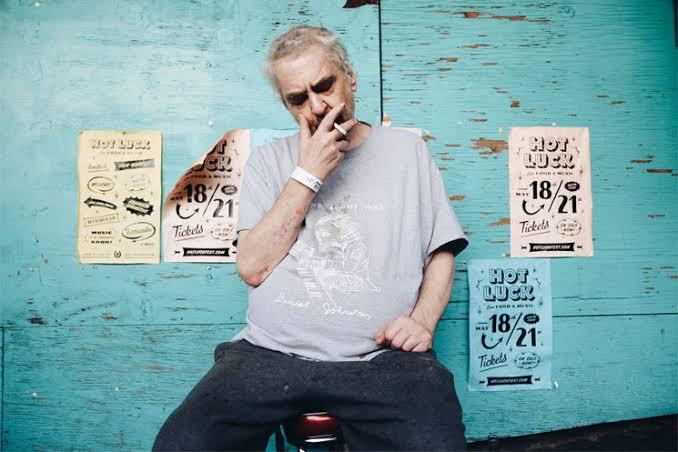 Murió el músico y dibujante Daniel Johnston