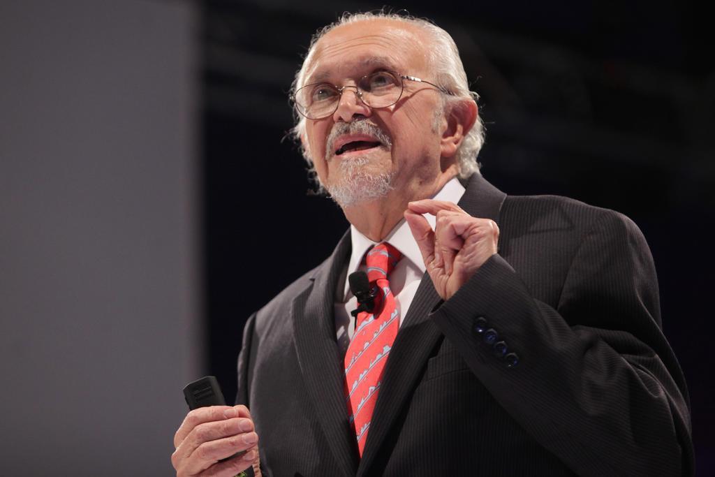 Fallece el científico mexicano Mario Molina, Premio Nobel de Química 1995