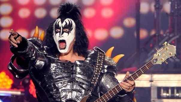 Gene Simmons culpa a los jovenes por la muerte del rock