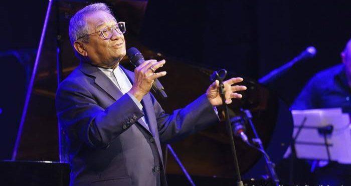 Murió el compositor mexicano Armando Manzanero