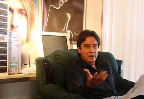 Falleció Arturo Castelazo, hito en el periodismo del rock en México