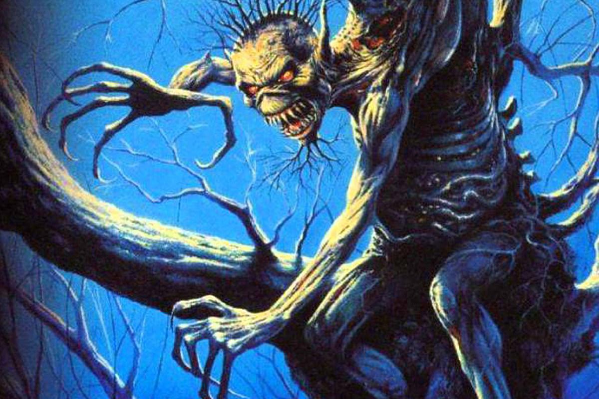 """Más de 160 músicos de todo el mundo tocan una versión sinfónica de """"Fear of The Dark"""" de Iron Maiden"""